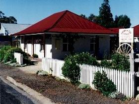 Cobb amp Co Cottages - Accommodation Whitsundays