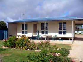 A Place To Stay - Accommodation Whitsundays