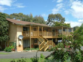 THE 2C'S BED AND BREAKFAST - Accommodation Whitsundays