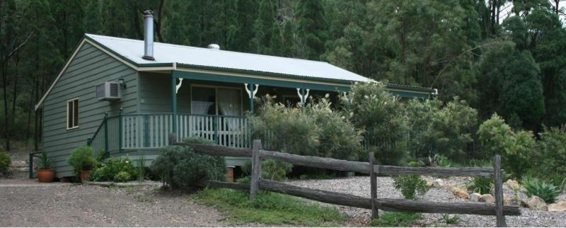 Carellen Holiday Cottages - Accommodation Whitsundays