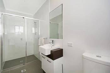 Cooroy Luxury Motel Apartments Noosa - Accommodation Whitsundays