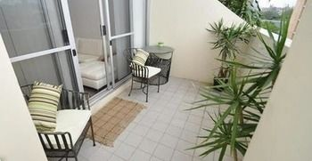 Camperdown 517 MIS Furnished Apartment - Accommodation Whitsundays