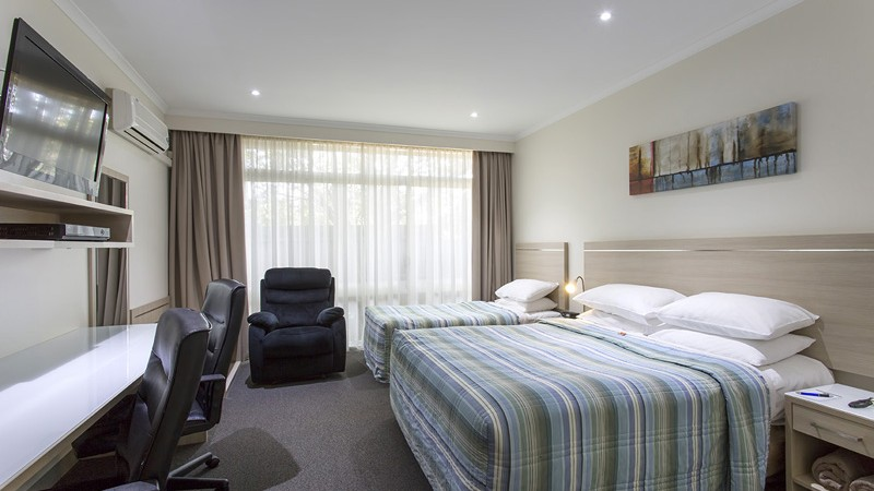 BEST WESTERN Aspen and Apartments - Accommodation Whitsundays