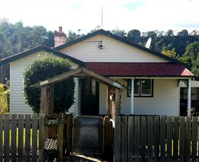 Brothers Town Cottage - Accommodation Whitsundays