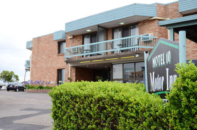 Motel 10 - Accommodation Whitsundays