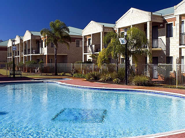Country Comfort inter City Hotel  Apartments - Accommodation Whitsundays