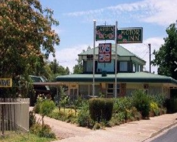 Garden Court Motor Inn - Accommodation Whitsundays