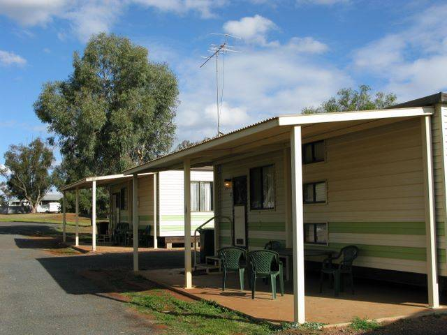 Lake View Caravan Park - Accommodation Whitsundays