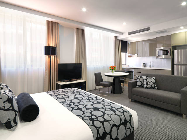 Meriton Serviced Apartments - North Ryde - Accommodation Whitsundays