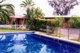 Overlander Hotel Motel - Accommodation Whitsundays