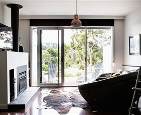 Polperro Winery Luxury Accommodation - Accommodation Whitsundays