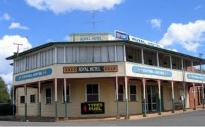 Royal Hotel Mundubbera - Accommodation Whitsundays