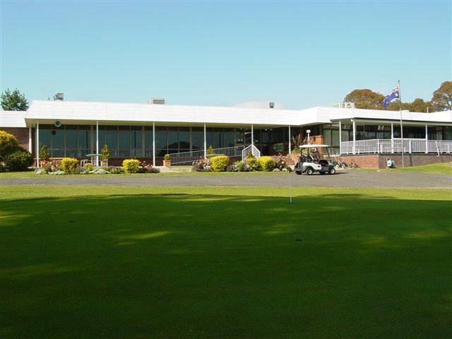 Tenterfield Golf Club and Fairways Lodge - Accommodation Whitsundays