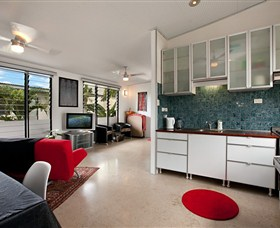 Beachside Tropical Retreat - Accommodation Whitsundays