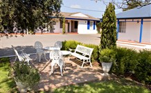 Colonial Motel and Apartments - Accommodation Whitsundays