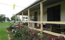 Narromine Tourist Park and Motel - Narromine - Accommodation Whitsundays