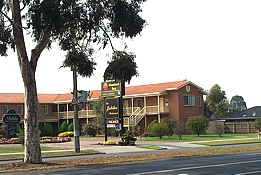 Comfort Inn and Suites King Avenue - Accommodation Whitsundays