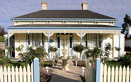 Carrington House - Accommodation Whitsundays
