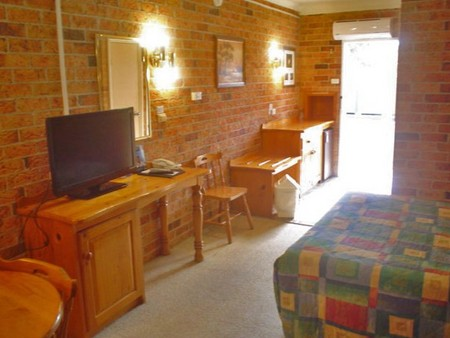 Coachmans Rest Motor Lodge - Accommodation Whitsundays