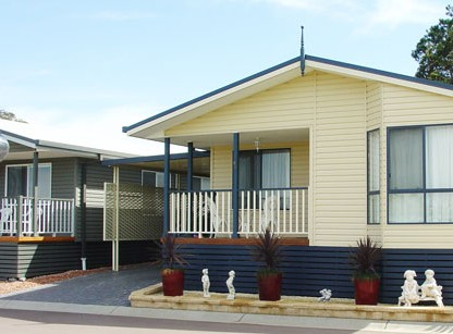 Palm Valley Motel And Home Village - Accommodation Whitsundays