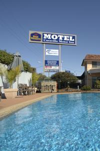 Caravilla Motel - Accommodation Whitsundays