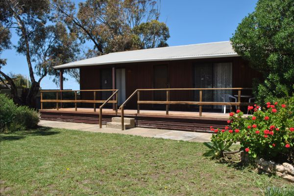 Clinton Cabin - Accommodation Whitsundays