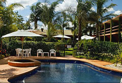 Crystal Fountain Motel - Accommodation Whitsundays