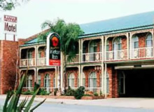 Hamiltons Henry Parkes - Accommodation Whitsundays