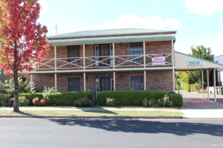 Sandstock Motor Inn - Accommodation Whitsundays