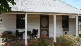 Davidson Cottage on Petticoat Lane - Accommodation Whitsundays