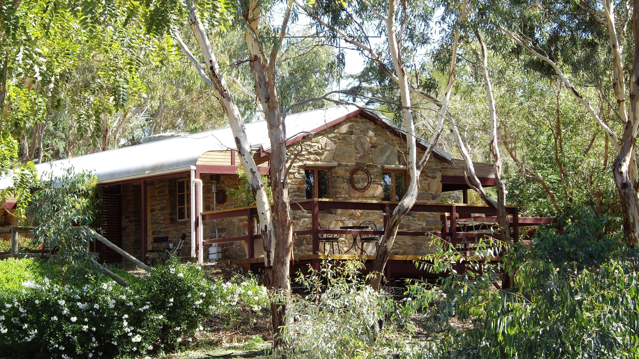 1860 Wine Country Cottages - Accommodation Whitsundays