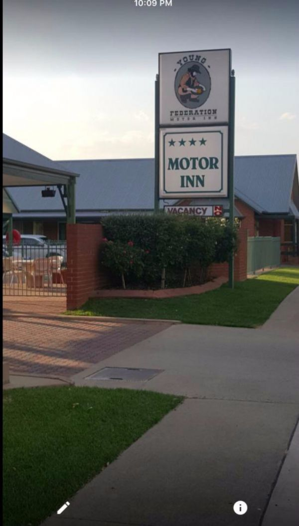 Federation Motor Inn Young - Accommodation Whitsundays