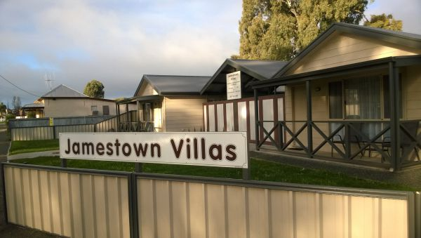 Jamestown Villas - Accommodation Whitsundays
