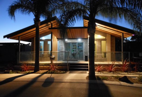 Midland Tourist Park - Accommodation Whitsundays