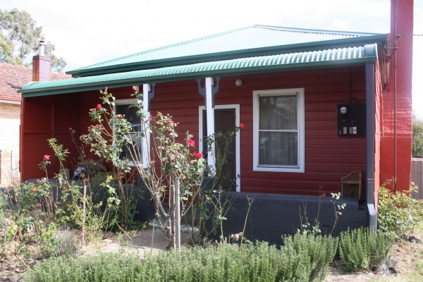 The Red House - Accommodation Whitsundays