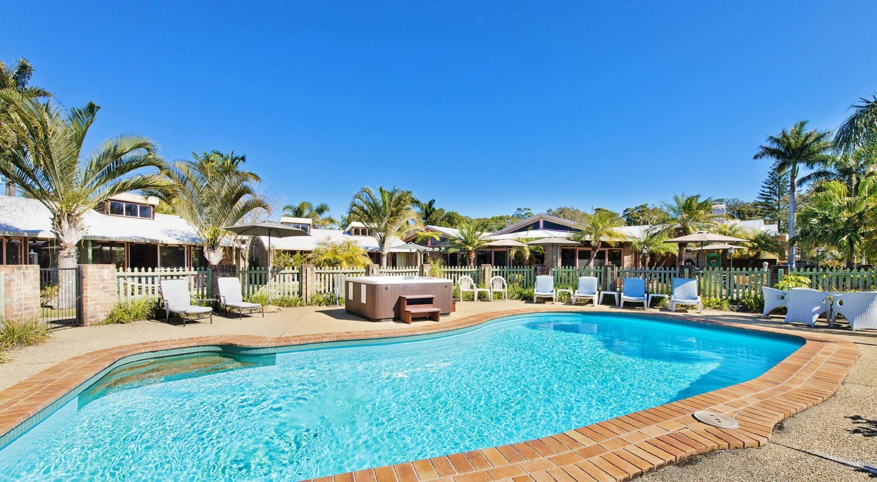 Crescent Head Resort And Conferance Centre - Accommodation Whitsundays