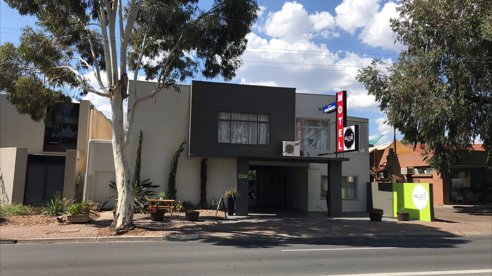 Hello Adelaide Motel Apartments - Frewville