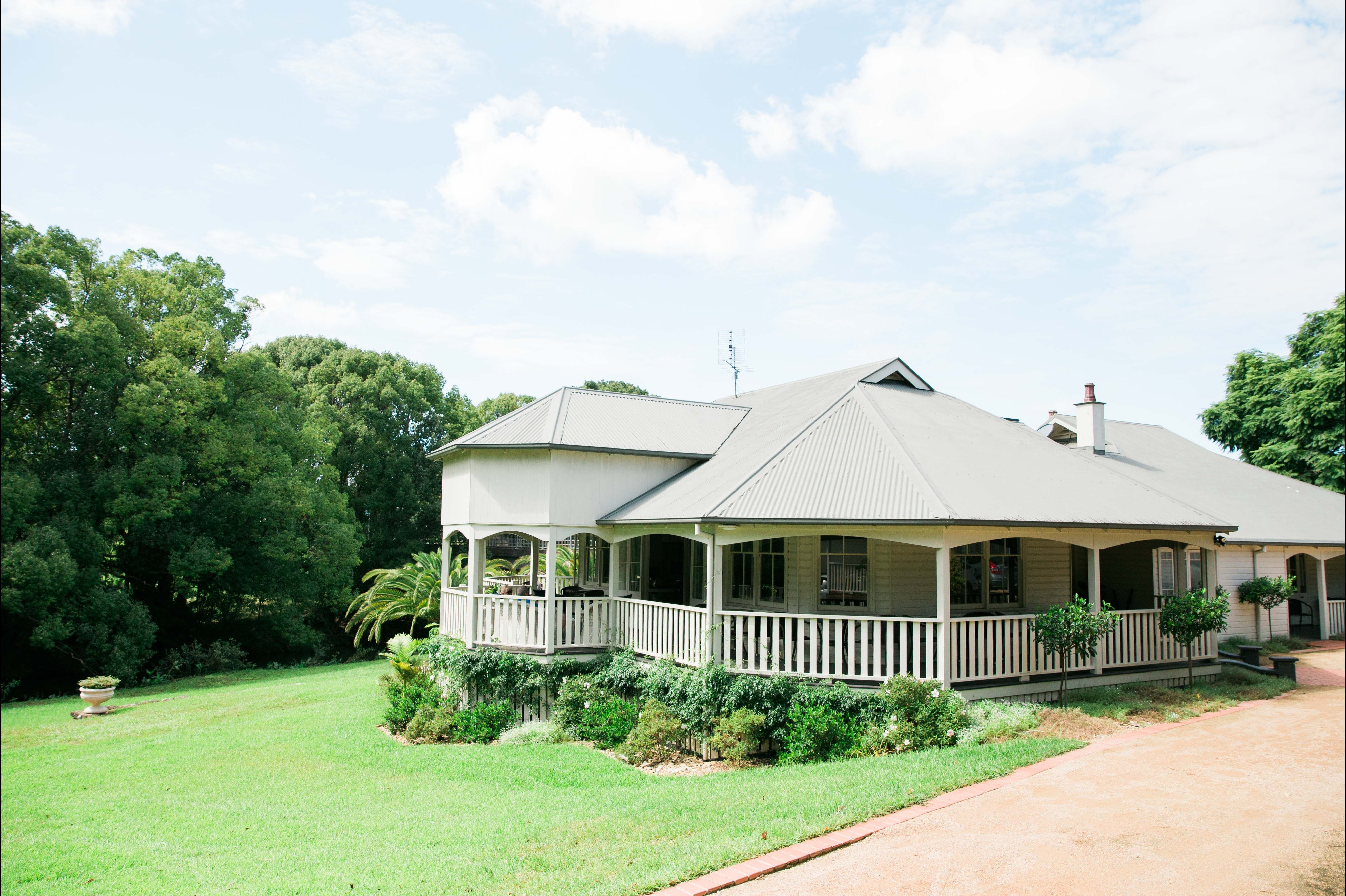 Bangalow Guesthouse - Accommodation Whitsundays