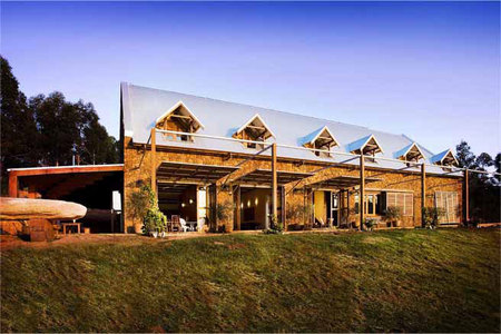 Stonebarn - Accommodation Whitsundays