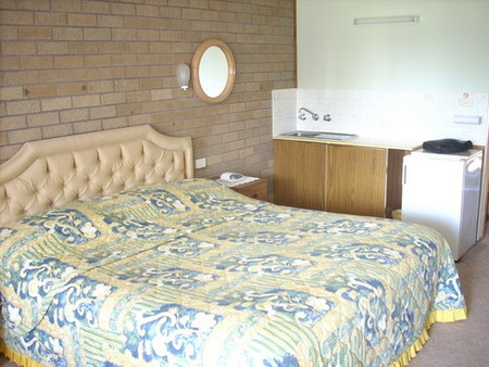 Beachview Motel - Accommodation Whitsundays