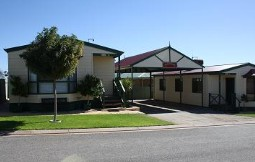 Outback Villas - Accommodation Whitsundays