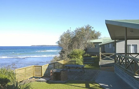Berrara Beach Holiday Chalets - Accommodation Whitsundays