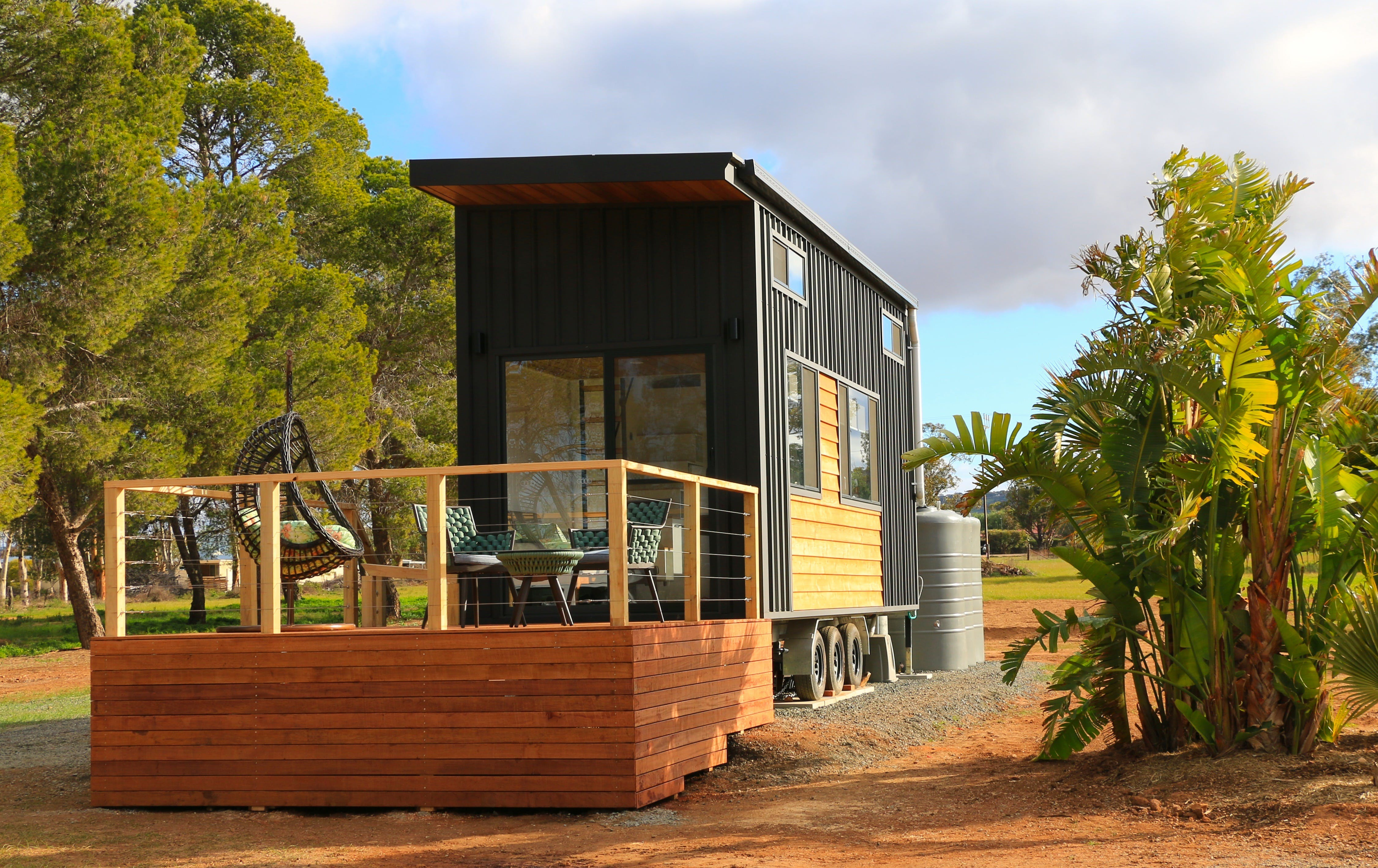The Pink Lake Tiny House - Accommodation Whitsundays