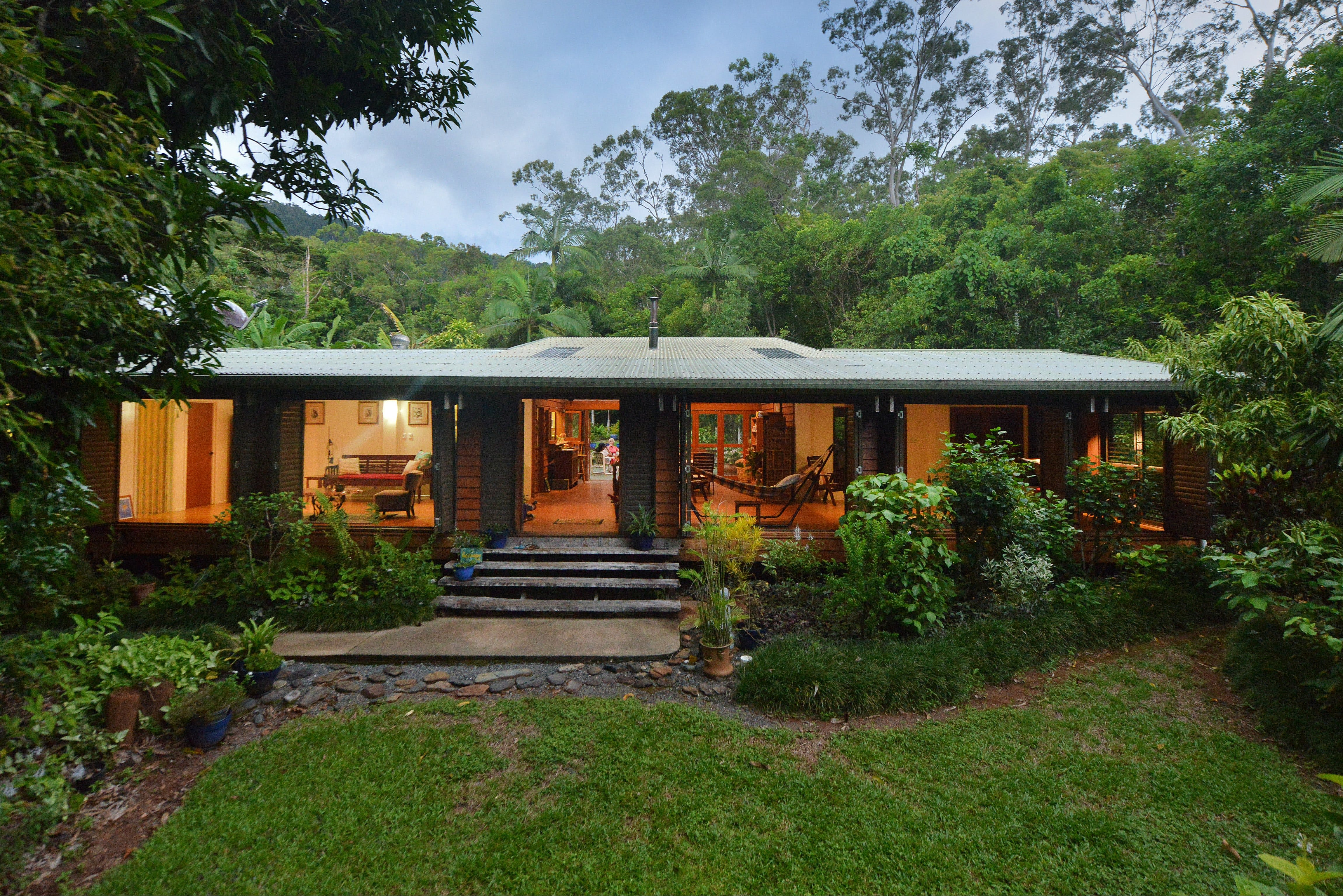 Cow Bay Homestay Bed and Breakfast - Accommodation Whitsundays