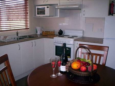 Prom Port Cottages - Accommodation Whitsundays