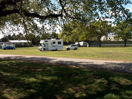 Sale Showground Caravan and Motorhome Park - Accommodation Whitsundays