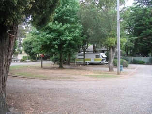 El Paso Caravan Park - Accommodation Whitsundays