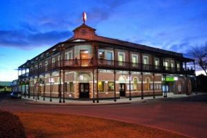 Grand Terminus Hotel - Accommodation Whitsundays