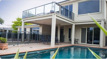 Eugenies Luxury Accommodation - Accommodation Whitsundays