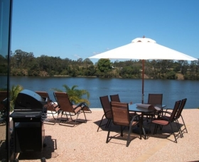 Big River Holiday Park - Accommodation Whitsundays